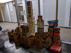 TSI's 2019 Second Harvest Heartland food drive